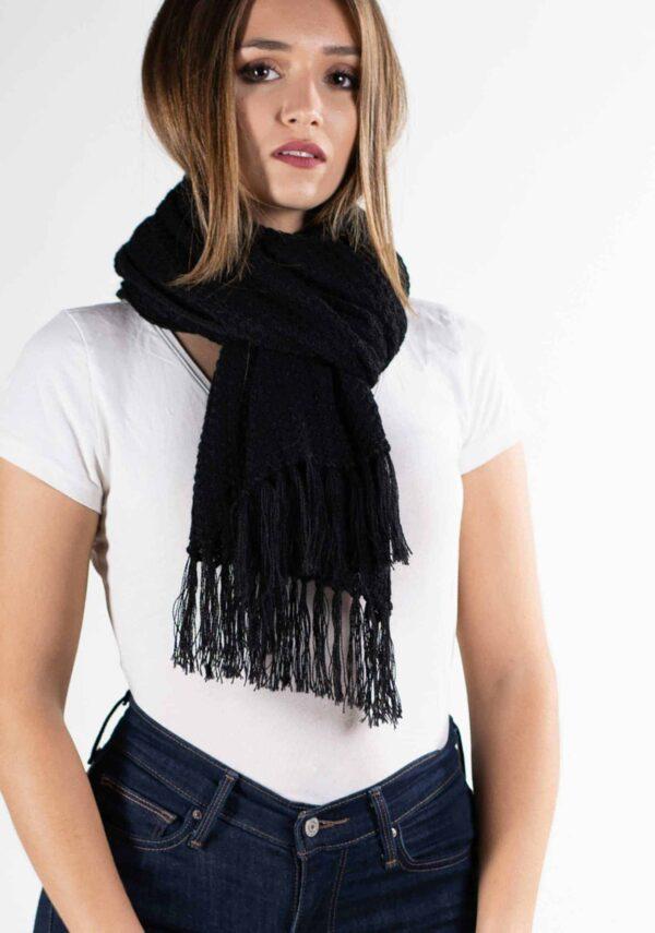 sciarpa nero poncho morbido come cashmere donna lana alpaca trend moda autunno inverno 2019