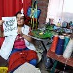artigiani che lavorano lana alpaca